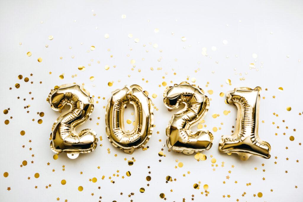 Golden 2021 New Year balloons